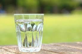 コップ一杯の水の写真素材 写真素材なら「写真AC」無料(フリー)ダウンロードOK